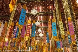 Wat decorado para el Songkran