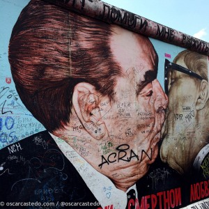 El beso (East Side Gallery)
