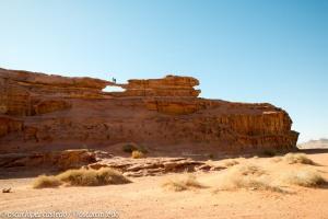 Puentes de piedra, formaciones rocosas en el Wadi Rum